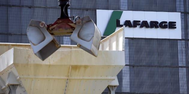 Syrie: le Quai d'Orsay reconnaît finalement un entretien avec les dirigeants de Lafarge.