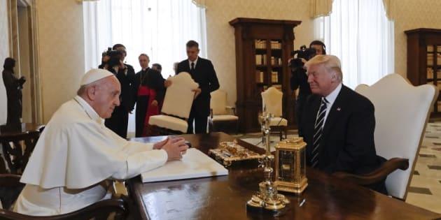 Lors de sa rencontre avec le pape François, Donald Trump avait beaucoup de choses à se faire pardonner