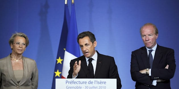 """Nicolas Sarkozy donnant son """"discours de Grenoble"""" le 30 juillet 2010"""