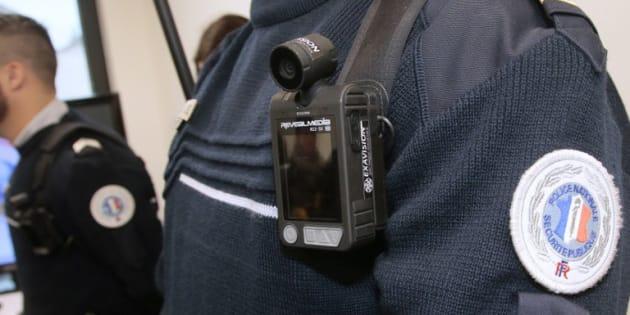 Les policiers de ces 23 zones devront obligatoirement filmer les contrôles d'identité