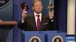Melissa McCarthy Goes Ballistic On 'SNL' To Slay Sean Spicer Role