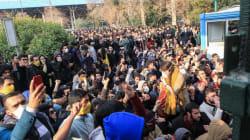 Les étudiants bravent le gouvernement et manifestent à