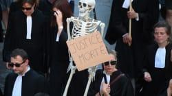 Les avocats veulent bloquer les tribunaux, et ça risque de coincer après les interpellations du 8