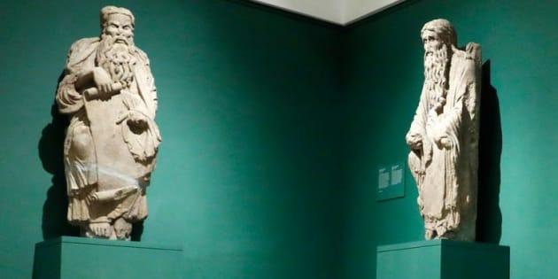 Las dos esculturas que reclama el Ayuntamiento de Santiago de Compostela.