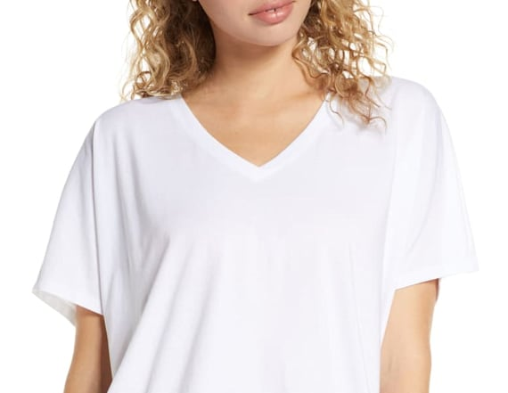 Nordstrom shoppers love this $25 t-shirt