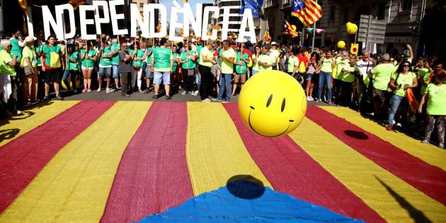 Catalogna ribelle. La procura di Madrid minaccia l'arresto per 700 sindaci pro-referendum