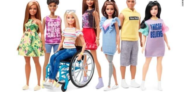 La nueva línea de Barbie incluye a dos muñecas con disapacidad motriz