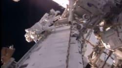 La sortie de Thomas Pesquet dans l'espace, à l'extérieur de