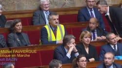 Lassalle provoque un incident à l'Assemblée en portant un gilet