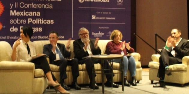 Alejandro Encinas, próximo subsecretario de Gobernación, participa en la VII Conferencia Latinoamericana sobre Política de Drogas, en Ciudad de México, el 30 de octubre de 2018.