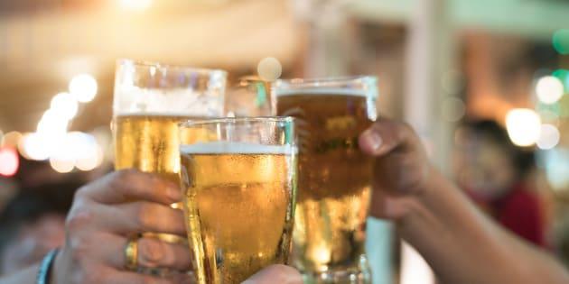 """L'interdiction totale de la publicité pour les produits alcoolisés y compris sur internet"""" est approuvée par 71%."""