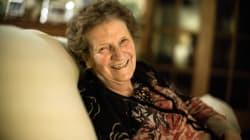 Las redes se vuelcan con esta abuela analfabeta de 82 años a la que estafaron 300 euros en