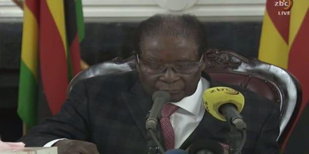 A la télévision, Robert Mugabe ne fait aucune référence à une éventuelle démission
