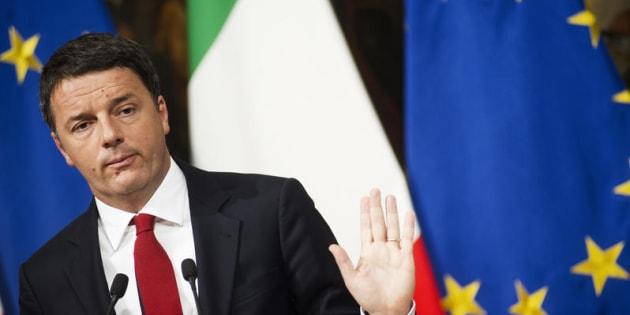 Risultati immagini per Renzi ringrazia Visco
