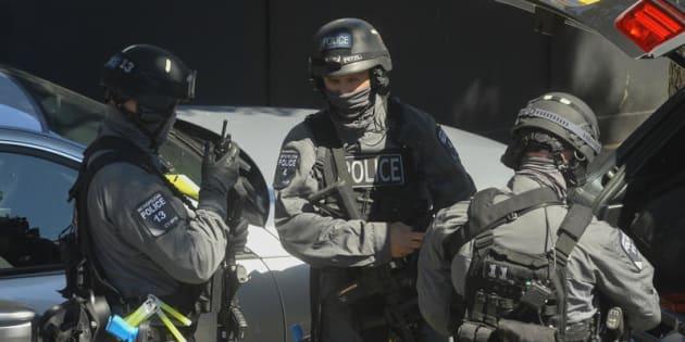 24/06/2015 Londra.Polizia e forze speciali prendono parte a una simulazione di attentato terroristico ISIS fuori dalla stazione della metropolitana Aldwhich