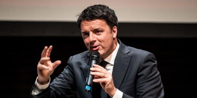 Milano 25/02/2018 Teatro Franco Parenti, Incontro pubblico con il Segretario Nazionale del Partito Democratico. Nella foto Matteo Renzi