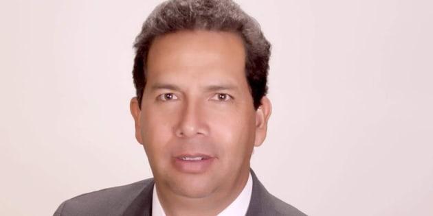 No es la primera vez que el ahora diputado de Morena está involucrado en un pleito con Cemex, ni la primera vez que es señalado por un caso de corrupción.
