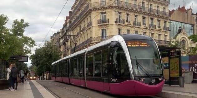 A Dijon, la carte de crédit remplace le ticket de tramway dès ce mardi