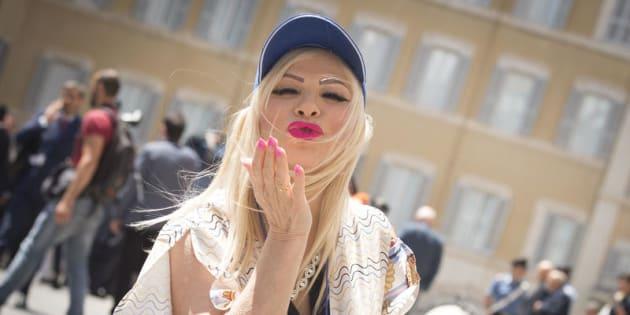 05/06/2018 Roma, Ilona Staller davanti la Camera dei Deputati
