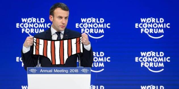 """L'auteur des """"Vieux Fourneaux"""" détourne Macron à Davos pour promouvoir son """"Loup en slip"""""""
