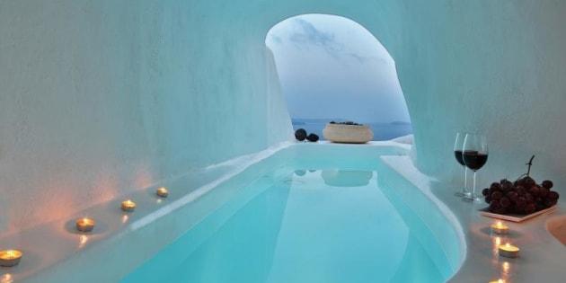 Hoteis construídos em cavernas são ótimas opções de destino.