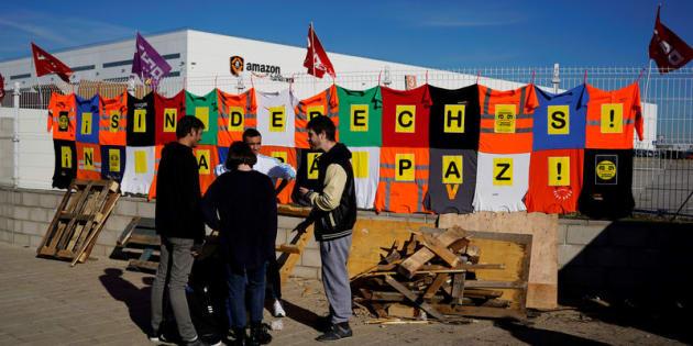 Huelga de trabajadores de Amazon en San Fernando de Henares.