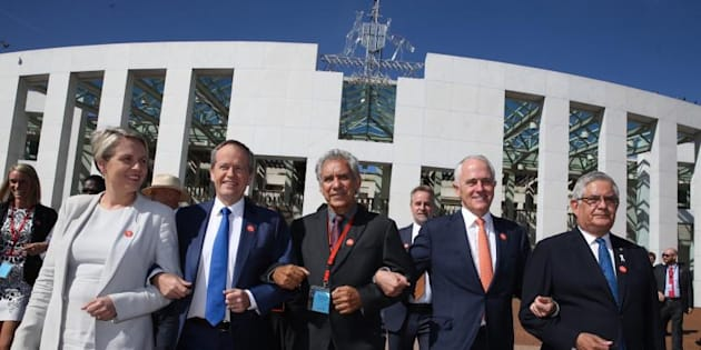 Prime Minister Malcolm Turnbull and Opposition Leader Bill Shorten came together to link arms with Charlie King & Tanya Plibersek and Ken Wyatt at the No More event in support of ending family violence outside Parliament House in Canberra