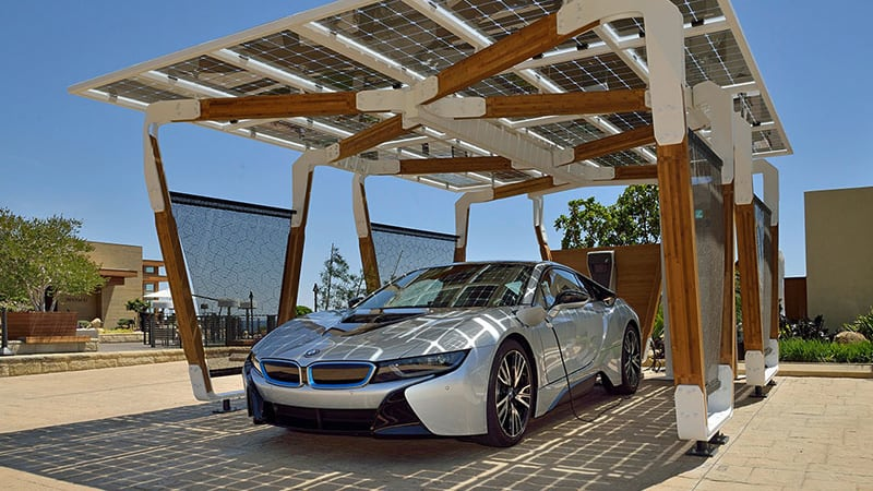 BMW solar roof helps i3 drivers even when sun isn't shining