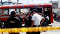 Lanzan granada contra transporte público en