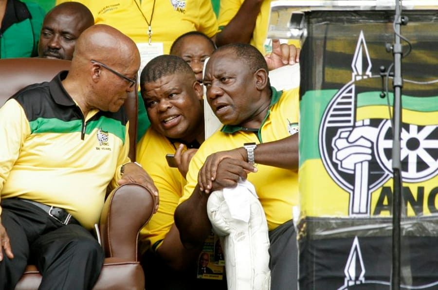President Jacob Zuma (L), Intelligence Minister David Mahlobo (C) and Deputy President Cyril Ramaphosa (R).