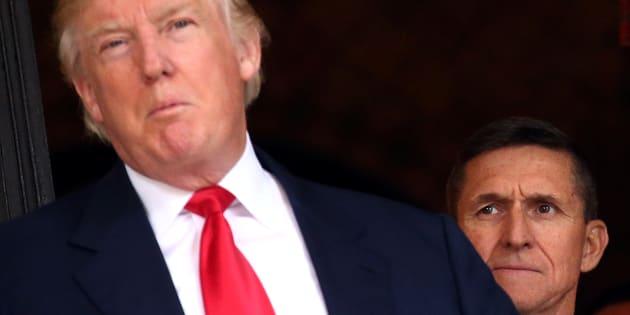 Un ancien conseiller de Trump veut témoigner sur l'implication de la Russie et demande une immunité