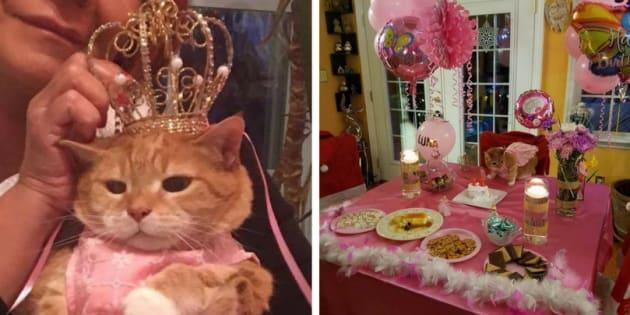 """Sua família em Charlotte, na Carolina do Norte, nos Estados Unidos, resolveu comemorar os 15 anos de Luna com uma festa surpresa ao melhor estilo do """"Quinceañera""""."""