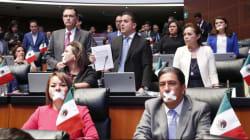 Senadores del PRI y PAN abandonan sesión; acusan autoritarismo de