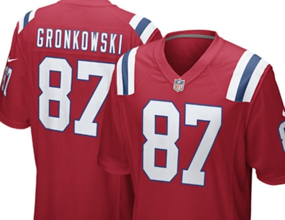 Celebrate Rob Gronkowski with these collectibles