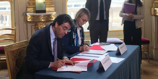 Françoise Nyssen, ministre de la Culture et son homologue saoudien Awwad Saleh Al-Awwad,  ont signé ce lundi 9 avril les accords de collaboration culturelle entre la France et le Royaume d'Arabie Saoudite.