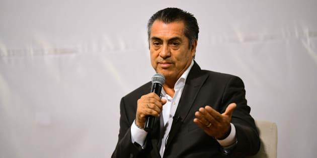 """El candidato independiente a la Presidencia de México habla durante la conferencia """"Paz y Justicia en México""""."""