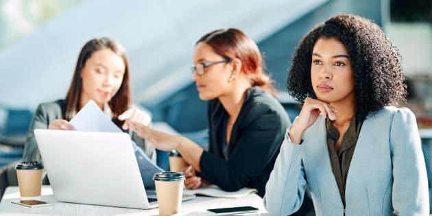 Si vous réussissez à comprendre les raisons du comportement de votre collègue, il vous sera plus facile d'y faire face.