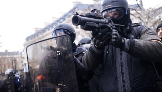 Le directeur de la police rappelle aux policiers les conditions d'utilisation du