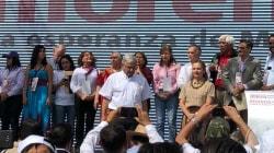 López Obrador inicia su campaña y consigna la 'nueva