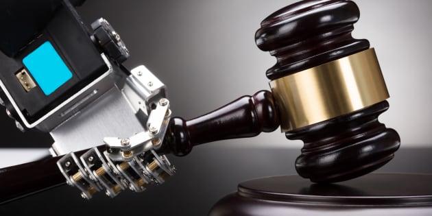 Croyez-moi, vous préféreriez être défendu par un véritable avocat plutôt que par un robot.