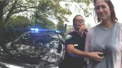 In Usa due agenti hanno deciso l'arresto di una donna dopo aver fatto