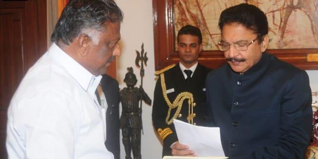 O. Panneerselvam meets Tamil Nadu Governor C Vidyasagar Rao on 9 February, 2017.