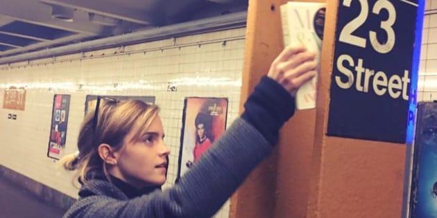 Le livre qu'Emma Watson dépose dans le métro de New York après l'élection de Donald Trump