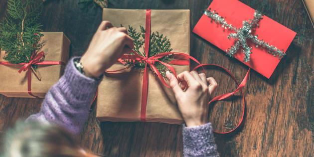 Muita gente tem dúvidas sobre como acertar na hora de comprar o presente.