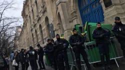 Plusieurs lycées bloqués à Paris pour Théo, une proviseure