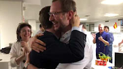 Y esta fue la 'party' de Casado en Génova: