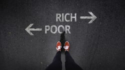 10 Percent Of South Africans Own 90 Percent Of The Country's Wealth -