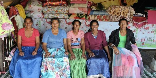As cinco irmãs ciganas, Vilma Aparecida Fernandes, Luci Fernandes, Delir Fernandes, Maria Paula Aparecida Fernandes e Lindacir Fernandes.