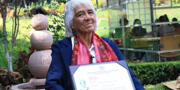 Esta mexicana tiene 80 años y tres títulos universitarios