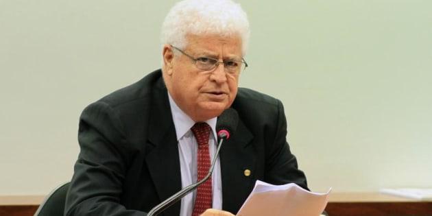 O deputado Nelson Meurer (PP-PR) é acusado de corrupção passiva e de lavagem de dinheiro.